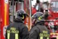 Campobello di Licata, a fuoco tetto di una casa: famiglia in salvo