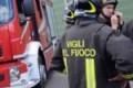 In stato confusionale sopra il tetto: salvato da Carabinieri e Vigili del Fuoco
