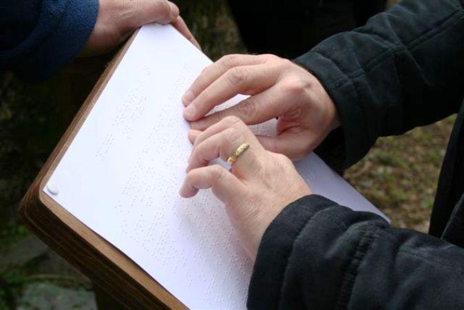 Sicilia l unione dei ciechi proclama lo stato di for Ciechi in italia