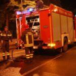 Canicattì, a fuoco   capannoni ditta autotrasporti: ingenti i danni (Video)