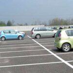 Arrotonda la pensione facendo il parcheggiatore abusivo, fermato 85enne