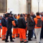 Naro, operatori ecologici in agitazione: niente stipendio da due mesi