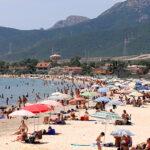 Il turismo vede con ottimismo l'estate, previsti 11,4 milioni di arrivi sull'Isola