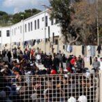 """Migranti, riunione Conte-Musumeci-Martello: """"svuoteremo Lampedusa, pronti aiuti economici"""""""