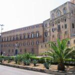 Non esibiscono Green Pass, respinti due deputati siciliani