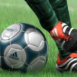 Calcio, targa di riconoscimento all'arbitro agrigentino Perrone