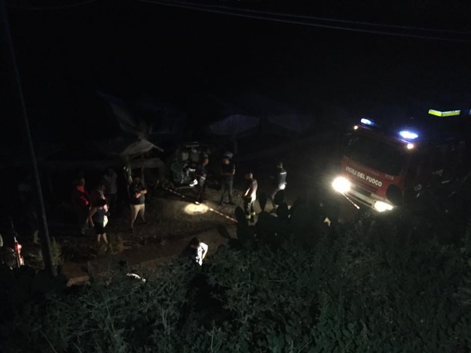 Auto in una scarpata nell'Agrigentino, muore ventenne