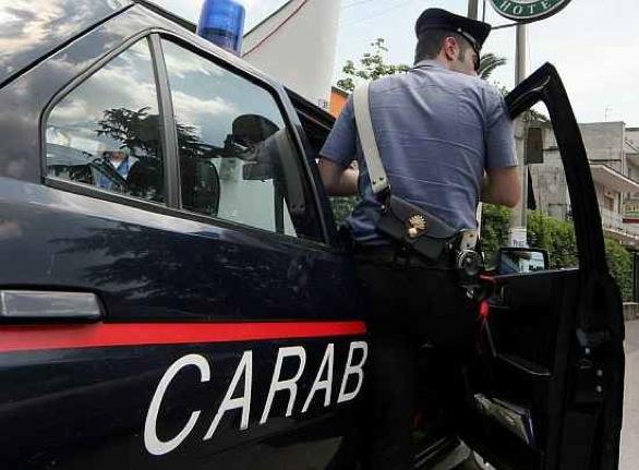 Tredicenne costretta a prostituirsi in un ovile: arrestato un allevatore di Trapani