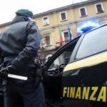 Truffa all'Ue e Regione: 11 indagati tra cui il deputato Savona