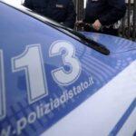 Porto Empedocle, colla nelle saracinesche dei negozi: denunciato 57enne