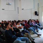 """Campobello di Licata, Cacciato incontra studenti del """"Gino Zappa"""" al centro Kalat"""