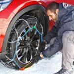 Neve in provincia, città imbiancate: diversi incidenti per il ghiaccio, obbligo di catene