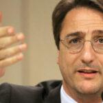 Ignobile atto bei confronti di Claudio Fava: tagliata cravatta