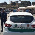 La Polizia Provinciale istalla una telecamera mobile per contrastare l'abbandono e il deposito di rifiuti
