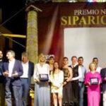 """XIII edizione del premio nazionale """" Sipario D'oro"""" tra i premiati il nostro direttore, Cesare Sciabarrà"""